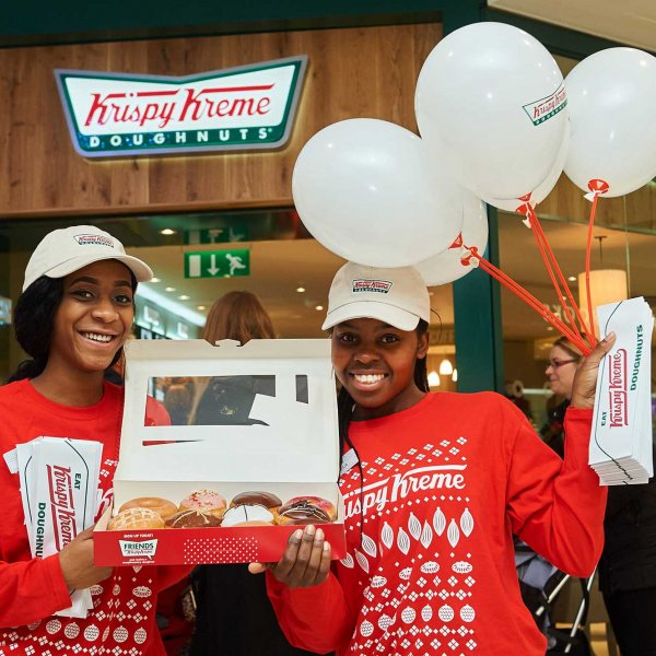krispy_kreme_watford_sj_64  © Licensed to simonjacobs.com. 11/12/2015 Watford, UK. Opening of a new Krispy Kreme store in the Intu shopping centre, Watford, Herts. FREE PRESS, EDITORIAL AND PR USAGE. Photo credit : Simon Jacobs