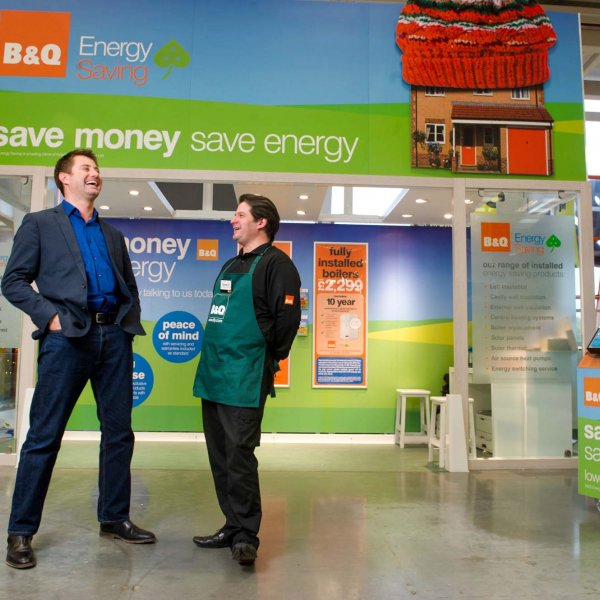 sutton 015  © Licensed to simonjacobs.com. 26/10/2012 Sutton, UK. George Clarke at the new Energy shop, B&Q, Sutton, Surrey Photo credit : Simon Jacobs.